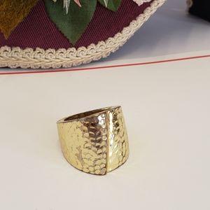 Unique Vintage Gold tone Ring